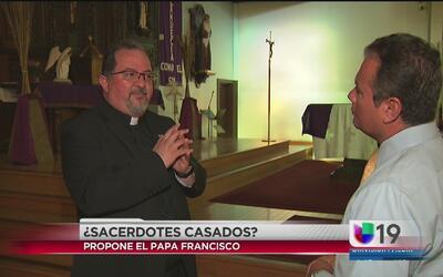 Reacciones ante la posibilidad de ordenar sacerdotes casados en la igles...