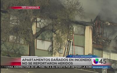 Incendio afectó varios apartamentos al suroeste de la ciudad