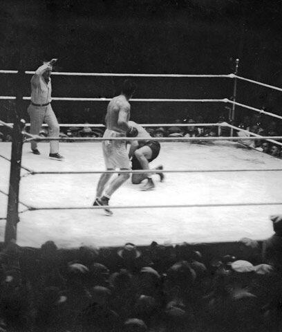 La pelea del largo conteoEn la revancha entre Gene Tunney y Jack Dempsey...