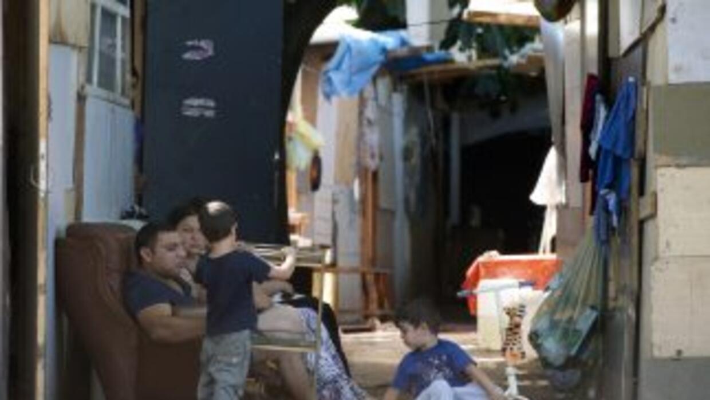 Comunidad gitana en un asentamiento ilegal en París.