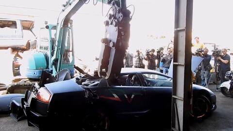 Gobierno de Taiwan destruye Lamborghini importado ilegalmente