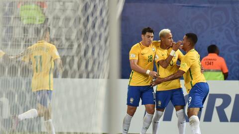 Neymar condujo a Brasil a la victoria.