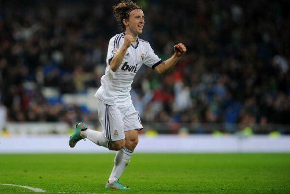 El Madrid ganaba 4-0 en un partido que fue cruel con el Zaragoza, que me...