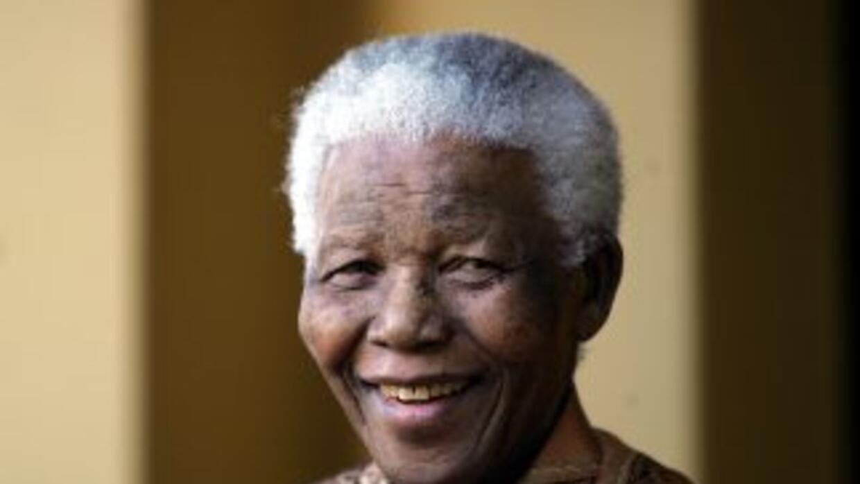 El presidente Jacob Zuma pidió a los sudafricanos seguir rezando por Mad...