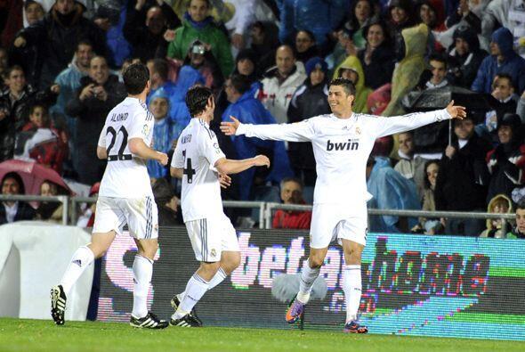 Este resultado le devuelve el liderato de la liga al Real Madrid.