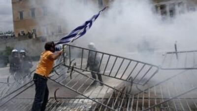 La crisis económica en Grecia ha desatado numerosas protestas por parte...