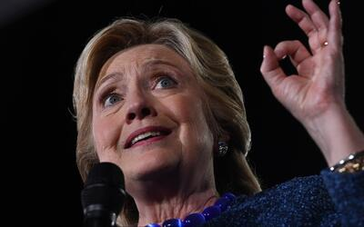 Clinton pide al FBI dar a conocer todos los hechos que manejan sobre nue...
