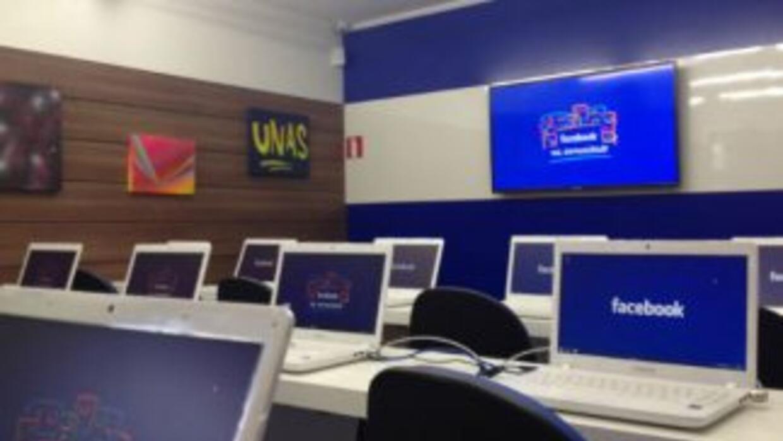 Facebook instaló un pequeño laboratorio en la favela de Heliópolis con o...