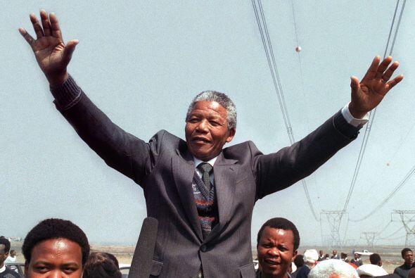 10 de mayo de 1994: Madiba asume la Presidencia de Sudáfrica, como líder...