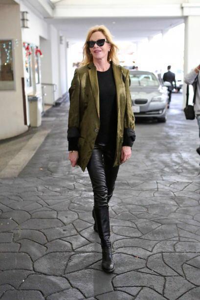 Como hemos notado, la moda de los 'leggings' de cuero es de las favorita...