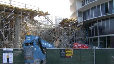 Colapsó parte de la estructura de un edificio en construcción de 18 piso...