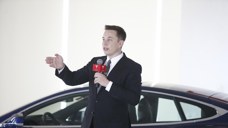 Elon Musk y el Tesla Model S