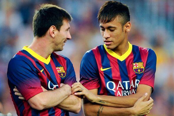 Dentro del campo jugaron unos pocos minutos juntos,a fuera demostraron c...