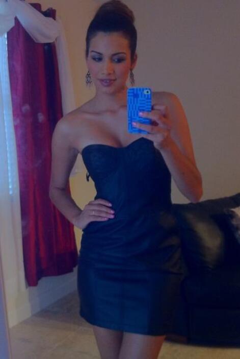 Marisela gusta de compartir su belleza con 'selfies' sensuales como ésta...
