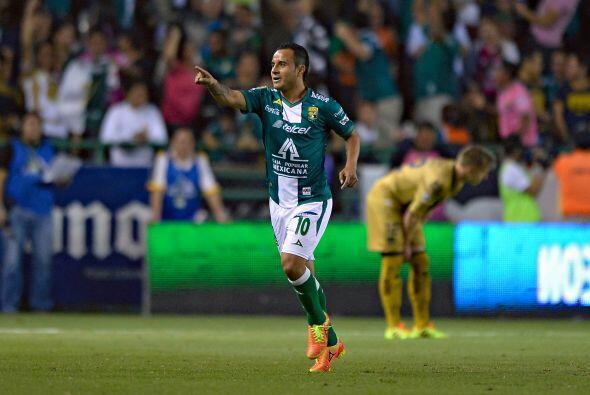 El talento de Luis Montes también podría inclinar el trámite del partido...