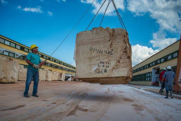 La planta de Mariel --el puerto que fue el punto de partida de un masivo...