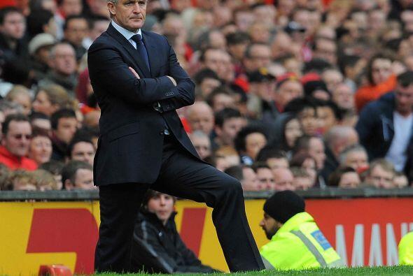 Hughes se veía molesto, pero resignado a la vez al no saber cómo cambiar...