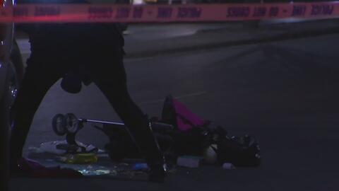Bebé en coche fue impactada mortalmente por una camioneta en Queens