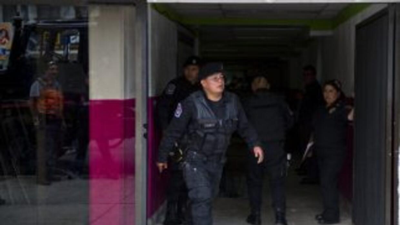 Un asalto en una joyería de Ciudad de México dejó un presunto delincuent...
