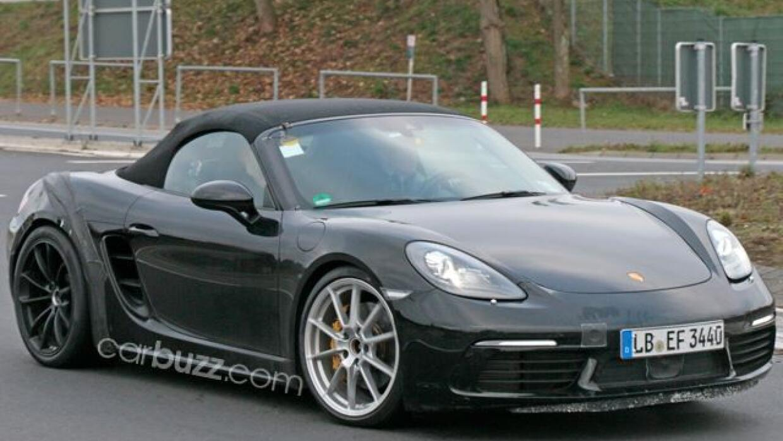 El nuevo Porsche Boxster 718 GTS fue capturado por las cámaras de...