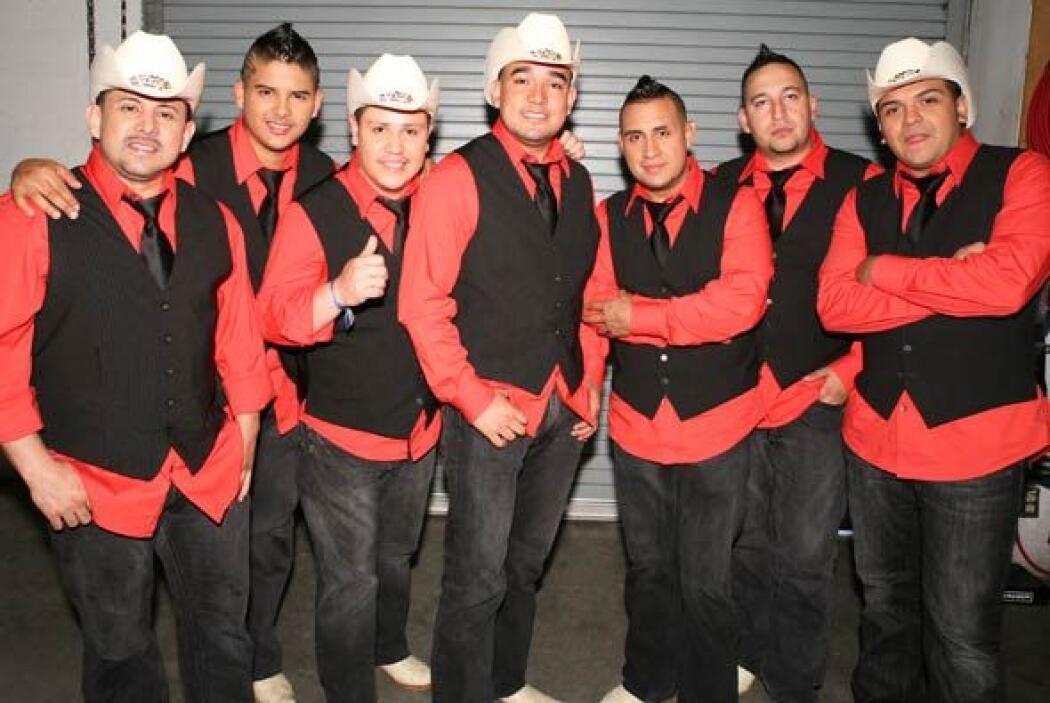 El grupo Montéz de Durango llega a Sábado Gigante para presentar un tema...