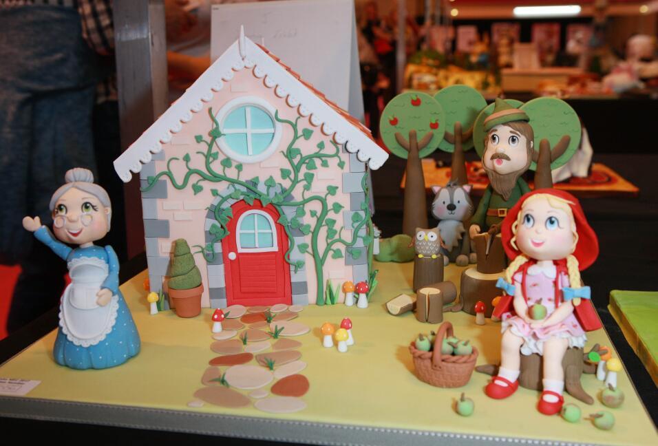 La competencia de pasteles mundial, Cake International, exhibió p...