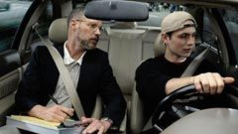 Nuevas leyes en NY para conductores jóvenes.