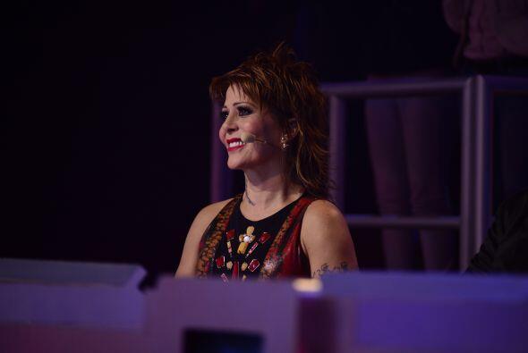 Alejandra quedó conmovida con la actuación de Stephanie Guzmán.