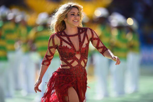 """Shakira cantó su hit del Mundial """"La la la"""".  Mira aqu&..."""