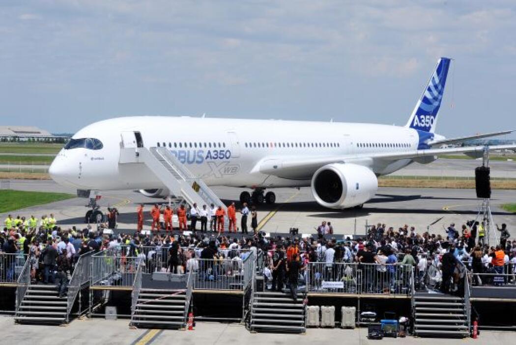 El Airbus A350 podrá transportar de 250 a 400 pasajeros.