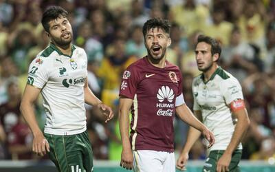 Oribe Peralta es el único mexicano entre cinco futbolistas que es...
