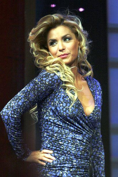 Aunque muy sensual, Rosina es una mujer romántica y dulce, no la pierdas...