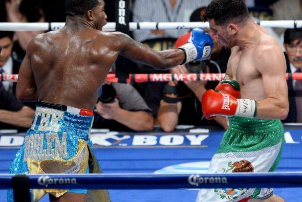 Adrien Broner derrotó a Carlos Molina por decisión unánime y volvió al c...