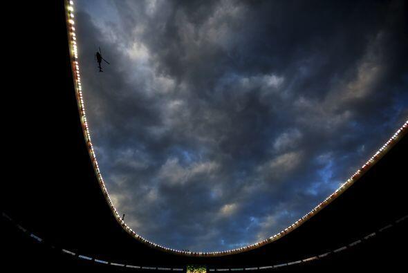 El Estadio Azteca volvió a vivir una noche histórica y lle...