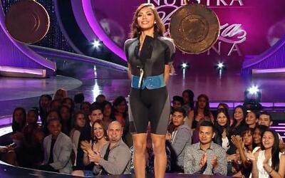 Carolina Verdura desfiló con chapaletas en la pasarela de Nuestra Bellez...