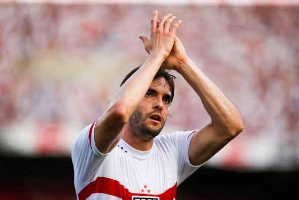 El jugador de Sao Paulo, Kaká tiene 20,914,899 de seguidores en la red s...