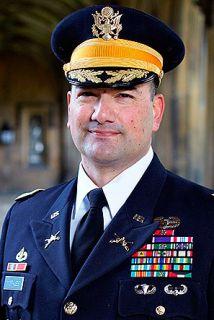 El coronel del Ejército de Estados Unidos, Ricardo Morales.