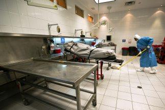 La morgue en Ciudad Juárez cuenta con diez mesas o 'planchas' para reali...