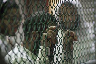 Justicia civil de Estados Unidos anula condena a cadena perpetua de dete...