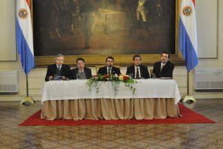 Fernández Estigarribia dijo en rueda de prensa que aún no ha logrado com...