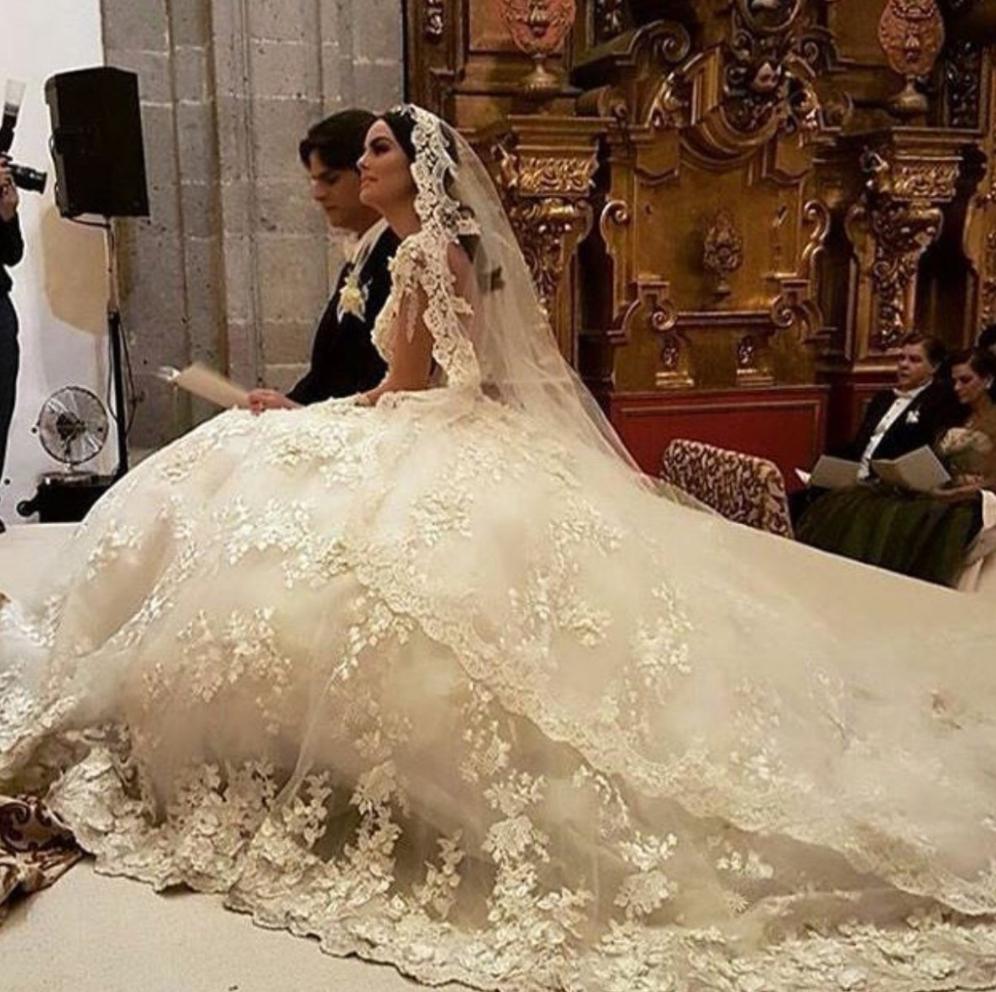 La Boda De Ximena Navarrete También Se Celebró En Redes Sociales
