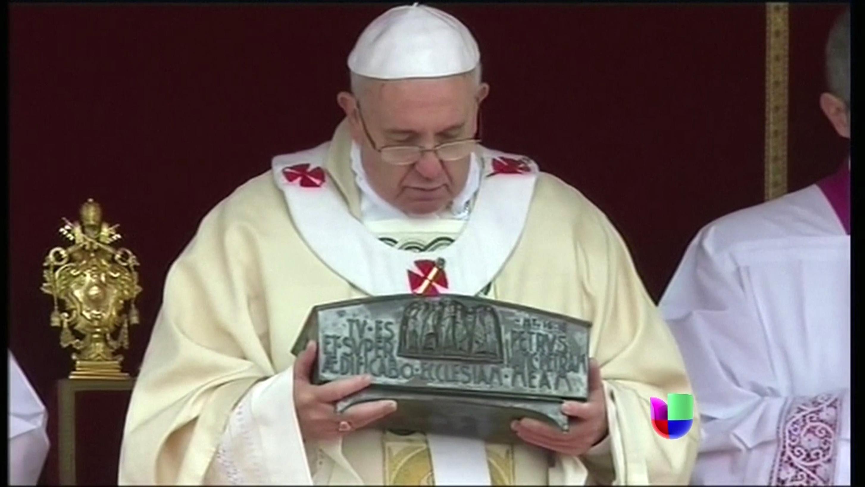 El vaticano muestra en p blico los huesos de san pedro - Pedro piqueras biografia ...