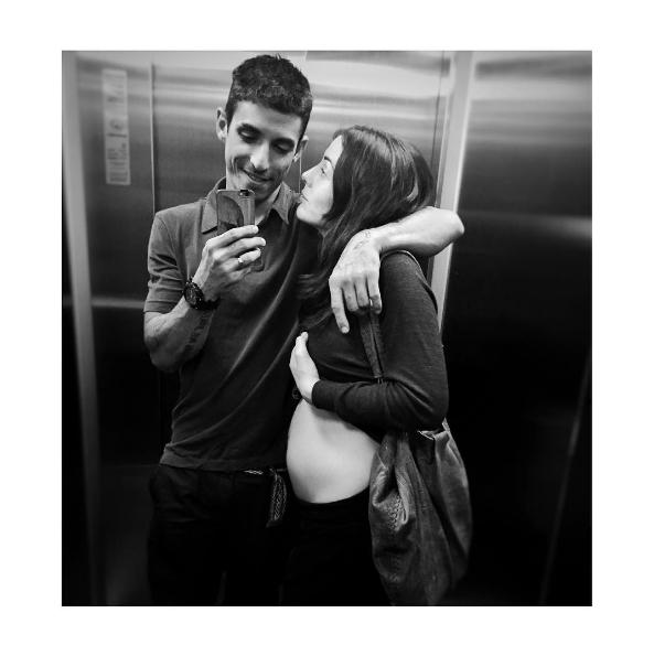 Zuria Vega Tiene Cuatro Meses De Embarazo Y Derrocha Amor Con Su Esposo
