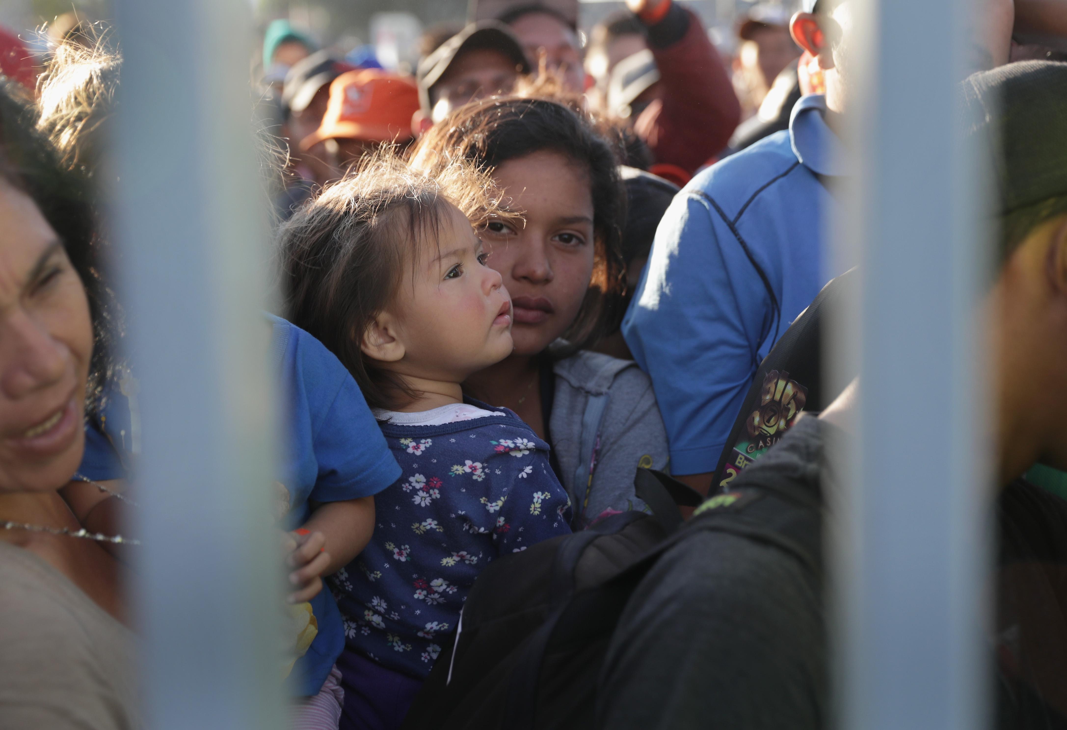 El Noveno Circuito no le permite a Trump restablecer su veto de asilo para los inmigrantes que ingresan ilegalmente al país