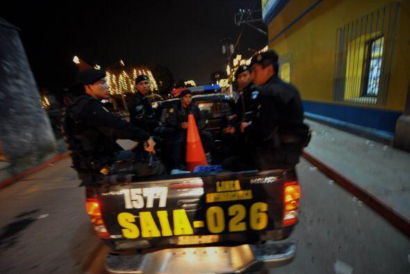 Según las mismas autoridades estos narcotraficantes están mejor armados...