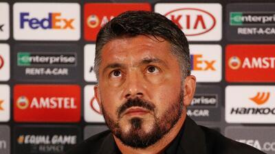 El sufrir de Genaro Gattuso del Milan y la visita real en Luxemburgo en la Europa League