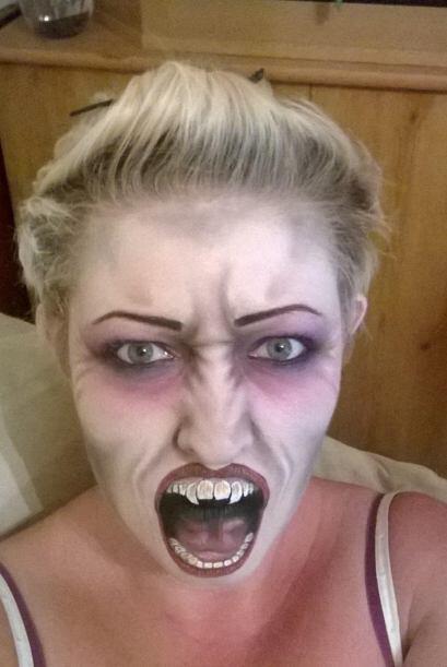 Nickki se tomó varias 'selfies' aterradoras de cada una de sus caracteri...
