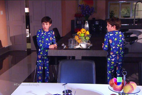 ¿Qué pasa Guille y Alex? ¿Por qué están despiertos tan tarde? Unos peque...