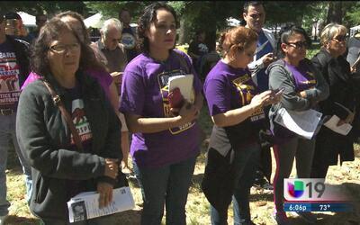 Manifestación de miembros de sindicatos pide alto al odio y apoyo a leye...