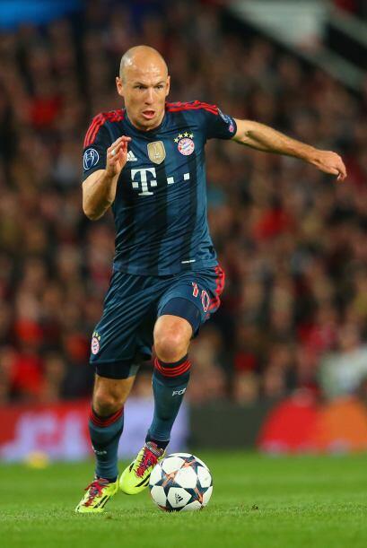 Es un atacante muy hábil y técnico con la pelota que sabe en qué momento...